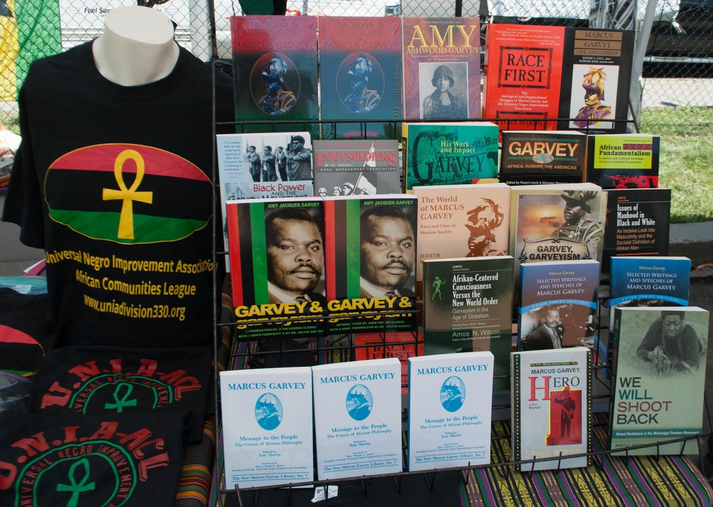 Universal-Negro-Movement-Literature-1