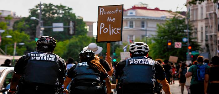 Prosecute the Police protestors